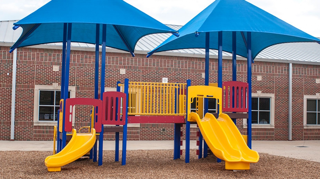 playground equipment for elementary school daycare