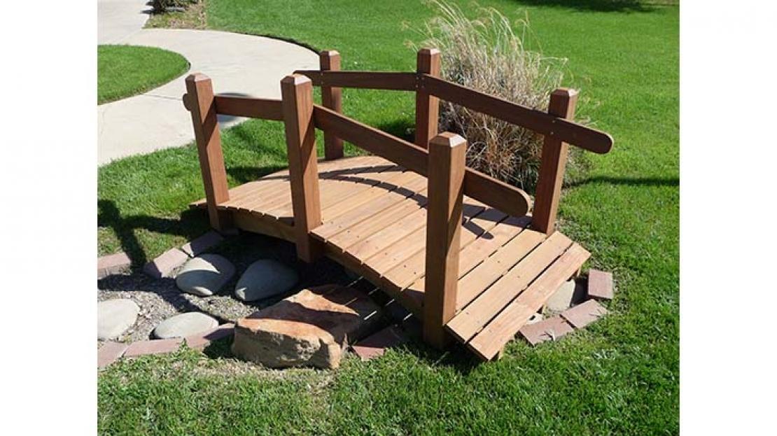 nature garden bridge for nature playground